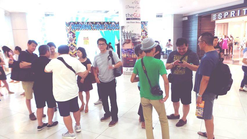 The pack leader... Crowd EEA3 - Kota Kinabalu Meeting Friends The Global EyeEm Adventure