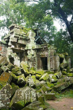 Cambodia Ruins Civilization And Culture