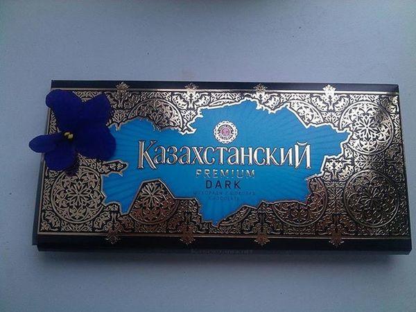 Не знаю зачем там этот цветочек, но мне нравится😉😍 Однако доброе утро😁 😚 ❤ шоколад казахстанский люблю Love Kazakhstan Uralsk Like Follow Delicious Food Gm  Goodmorning