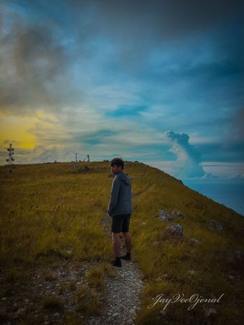 Real People Sky Cloud - Sky Beauty In Nature Scenics - Nature One Person Nature Outdoors Rear View The Traveler - 2018 EyeEm Awards