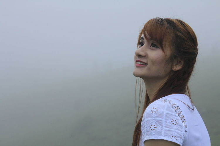 YangMingShan Yangmingshan National Park Foggy Foggy Morning Foggy Day Foggy Weather Relaxing One Person Lifestyles Young Adult Side View Real People Young Women Leisure Activity Portrait Standing Women Casual Clothing Looking Headshot Copy Space Hairstyle Hair Adult Brown Hair Contemplation Beautiful Woman The Portraitist - 2019 EyeEm Awards