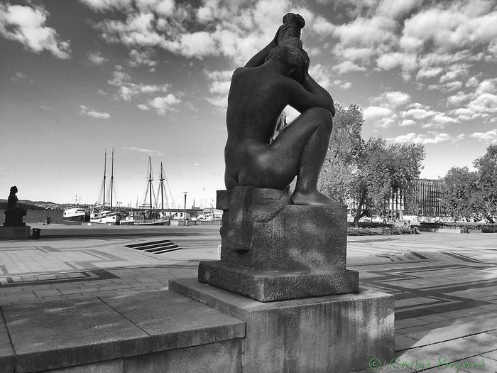 escultura Iphoneonly Noruega Akerbrygge Iphone6 Norge IPhoneography Blackandwhite Iphonephotography
