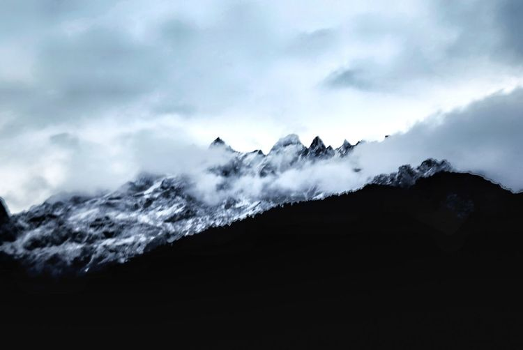 Beauty In Nature Clouds Day Landscape Motion Mountain Nature No People Outdoors Power In Nature Scenics Sky Snow Snowcapped