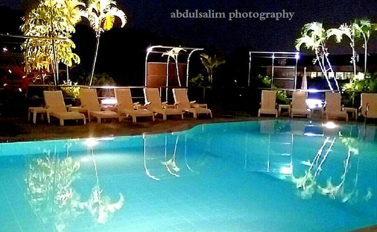 Pool Colourful Serene Night Photo OppoFind7a