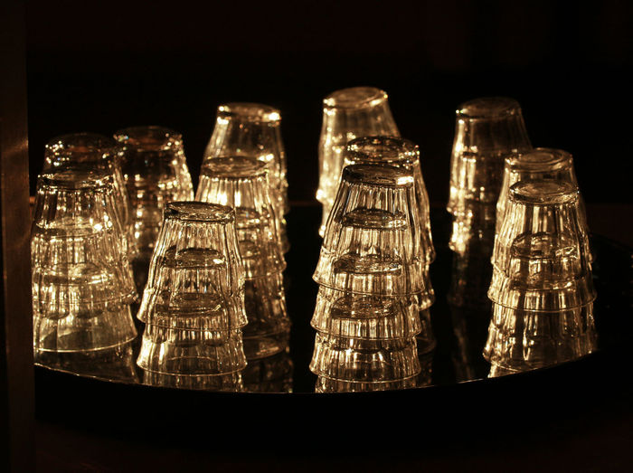 Backlight Backlighting Backlighting Photography Bicromia Black Background Glasses Glasses👌 Glowing Golden Light Golden Lights Group Of Objects Illuminated Large Group Of Objects No People Party Party Time Repetition SIMPLY Simply Beautiful Sunny Light