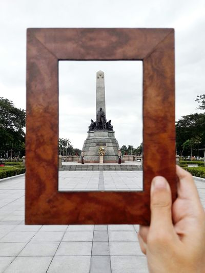 Rizal Monument Eyeem Philippines Frame HERO Architecture Built Structure Building Exterior Cloud - Sky Human Body Part Travel Destinations Human Hand EyeEm Ready   Stories From The City A New Perspective On Life