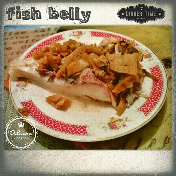 住家男人系列 Manwhocooks 蒸魚 鯇魚腩 家常便飯 fishbelly cooking cookingfun 一個人的飯局