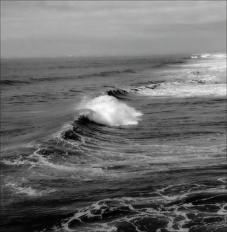 Sea Horizon Over Water Wave Beauty In Nature Motion Water Nature Crash Force Power In Nature No People Day Outdoors Sharpen Beachphotography Godrules Beach Photography Wave Sky Prayertime Tranquility God Is Great. Blackandwhite Shore