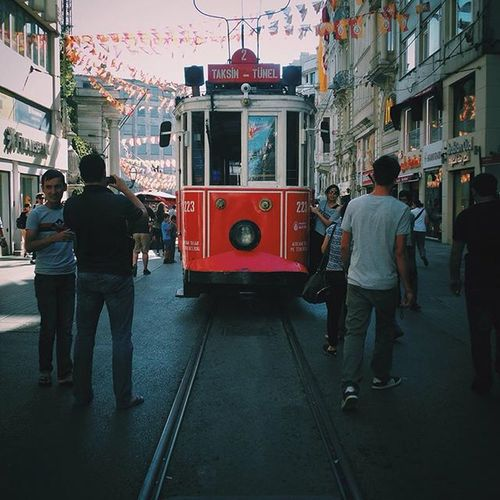 🚃 Taksim Photooftheday WHPscreentest Istanbul Vscocam Vscogrid Railway Travel