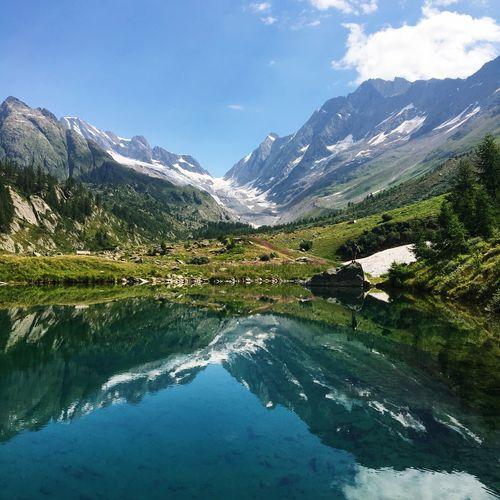 Beautiful Switzerland Schweiz Mountain Mirror Spiegelung Bergsee See Berg Wallis Lötschental Wanderlust