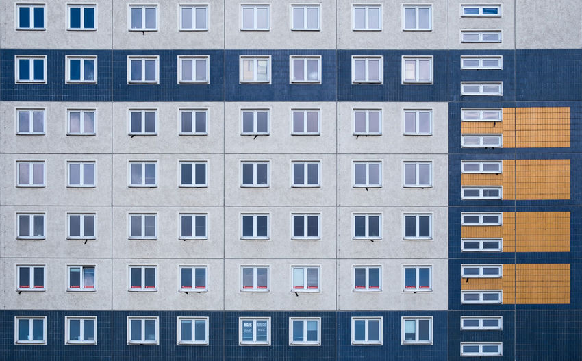 Architecture Built Structure No People Day Outdoors Window Building Exterior Building Repetition Backgrounds Side By Side In A Row Residential District City Pattern Geometric Shape Apartment
