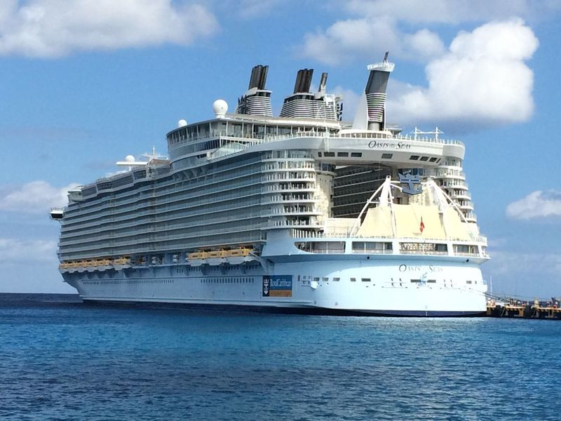 Oasis of the Sea Cruise Ship Sea Oasis Ship Mexico Cosumel Biggest Port