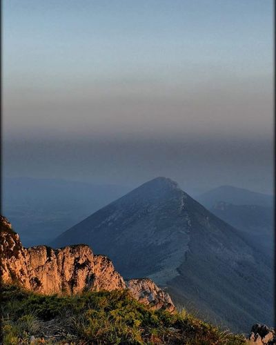 The Top Of The Mountain Suva Planina Dry Mountain Trem Serbia Serbianature Serbianfollowers Mountain View Mountain Trem 1810m