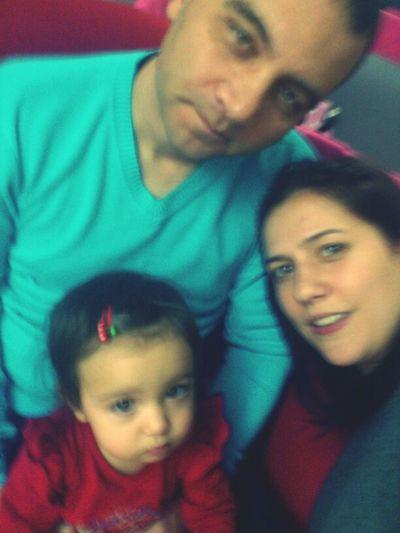 2013'ün Ilk Fotoğrafı!Biz Kabak çekirdeği Ailesiyiz Ama Kabağımız O Gece Yanımızda Değildi :)