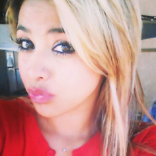 Guerita Linda Mooshha Single mommyeyesblondebesitossoyMexicanahonestarespectfulfaithfulloversuccessfulfuture20anitoslivelifetothefullestresponsiblesmartwomeniloveme ♥♥♥