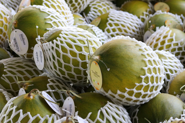 Farm Markets Jim Thompson Farm Market Melons Close-up Farm Market Food Food And Drink For Sell Freshness Fruit Fruit Market Fruit Photography Healthy Eating Melon