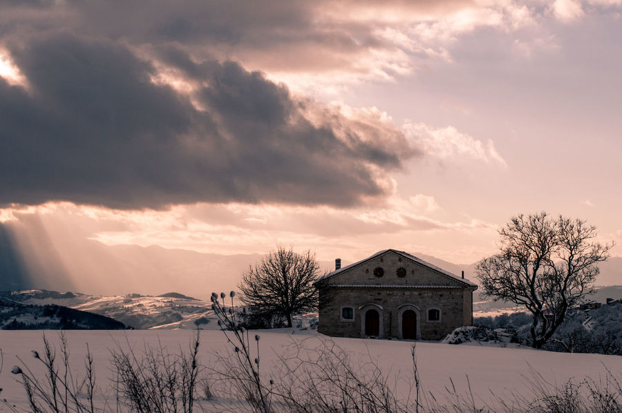 It's Cold Outside Neve Skylight Architecture Bare Tree Beauty In Nature Building Exterior Built Structure Cloud - Sky Cold Temperature House Molise Nature No People Oratino Scenics Sky Snow Tranquility Warm Winter Weather Winter Winter Sunset Winter Wonderland