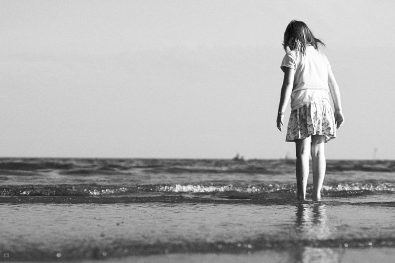 Sea Seascape Seaside Person Mood Blackandwhite Photography Blackandwhite Summer Expression Relaxing Enjoying Life Travel Destinations Unusual Perspective Selective Focus Travel Italy Beach Schwarzweiß Fine Art Photography