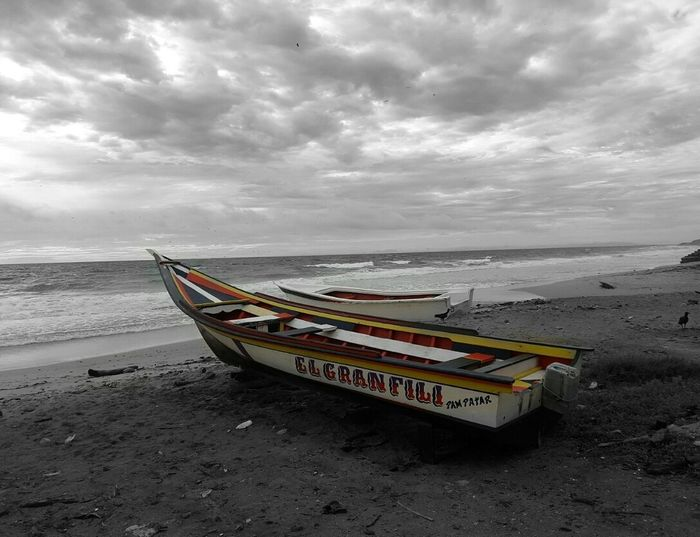Beach Sand Nautical Vessel Sea Cloud - Sky Landscape Horizon Over Water Water No People Nature Day Outdoors Venezuelafotos_ Peñero wave Sky Fisherboat Fisherboat In The Forground