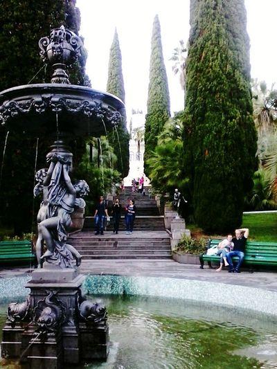 Relaxing Taking Photos Sochi Fountain Arboretum Autumn Summer Enjoying Life People Hello World