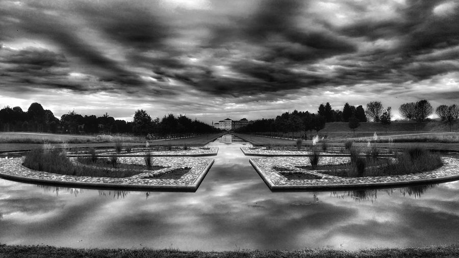 The Rain is coming... Sky Cloud Cloud - Sky Weather Cloudy Outdoors Garden Park Nature Day Tranquility Blackandwhite Bnw Bnw_captures Bnwphotography
