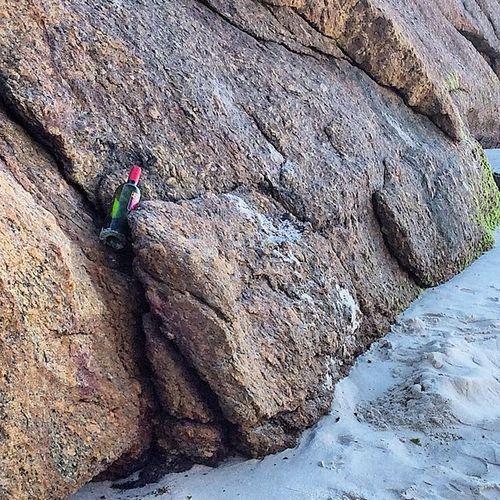 Pedra Praia Areia Rock beach sand natureza nature natura natur naturaleza instamood instagood instamood instaplaces instadaily instamoment insragramers