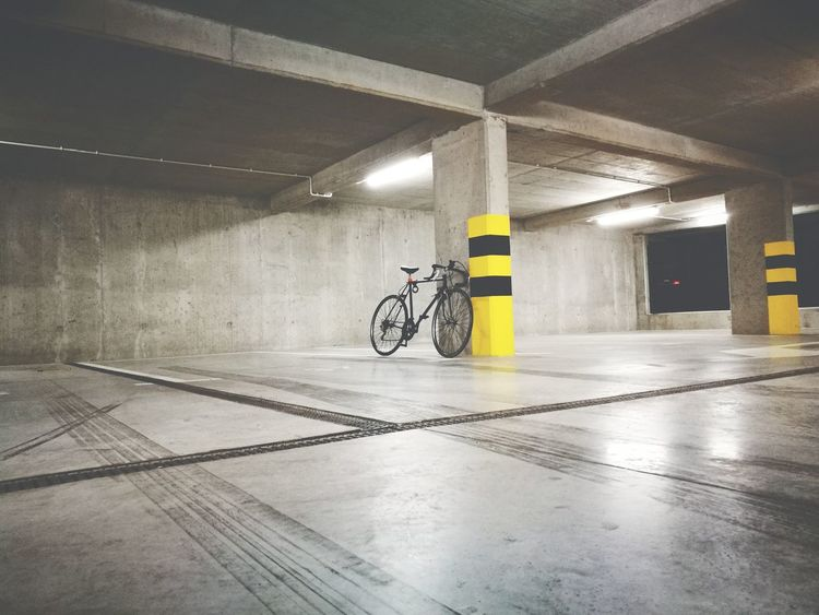 Leica Huawei P9 Bicycle Cycling Mode Of Transport Transportation Mountain Bike Night Parking Garage No People Racing Bicycle Architecture Ismotopl Ride Or Die Photography