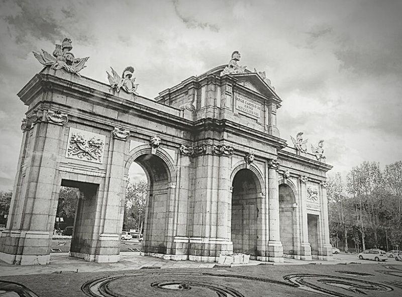 Pbphoto Architectural Detail Spain_beautiful_landscapes SPAIN Spain ✈️🇪🇸 Spainiswonderful Sapinsapin Pphotooftheday Architecture Architecture_collection Spain_gallery