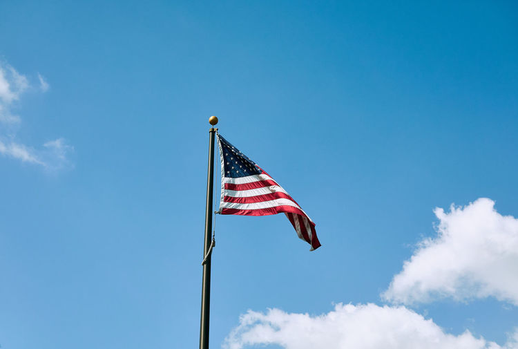United States National Flag Patriotism Flag Sky Low Angle View Cloud - Sky Nature Pole Wind Day Blue No People Striped Waving Environment Outdoors Pride Emotion National Icon Independence