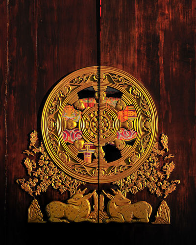 ธรรมจักร Art And Craft Buddhist Buddhist Temple Chinese Chinese Temple Creativity Design Door Doorway Religion The Wheel Of The Law