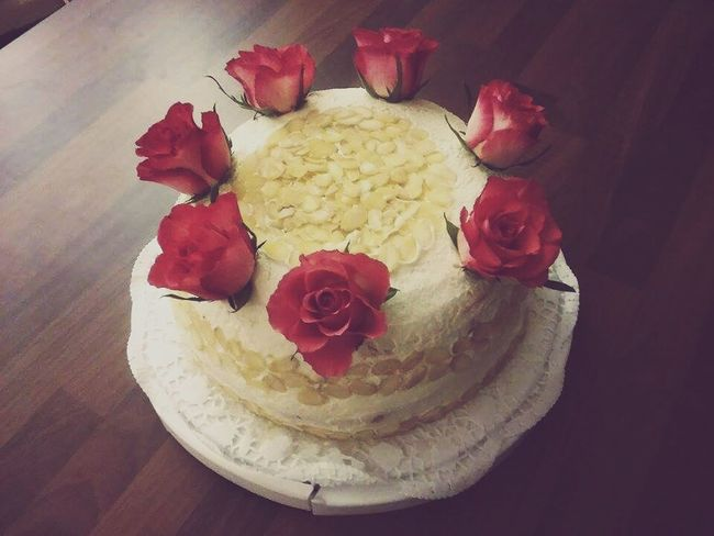Well i made a cake. It was yummy. Cake Yummy Roses Homemade Homemade Food
