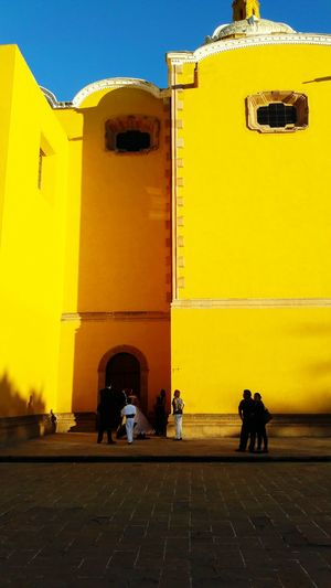 Popular San Luis Potosí Yellow Color Church People Watching Be. Ready.