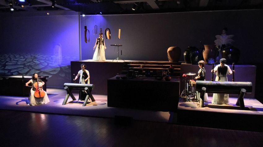 A Music ,Performance,Video and Installation Project Eslite Bookstore Suzhou, China