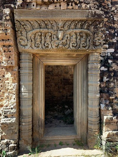 Angkorarcheologicalpark East Mebon Architecture Built Structure Entrance Day No People History Building Ancient Door