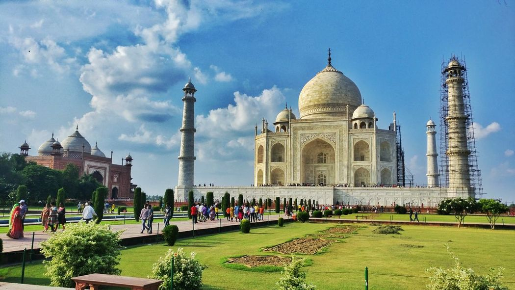 Doesn't matter if you have love in your life. You will eventually have it all. Monument Love♥ Shahjahan Wonder