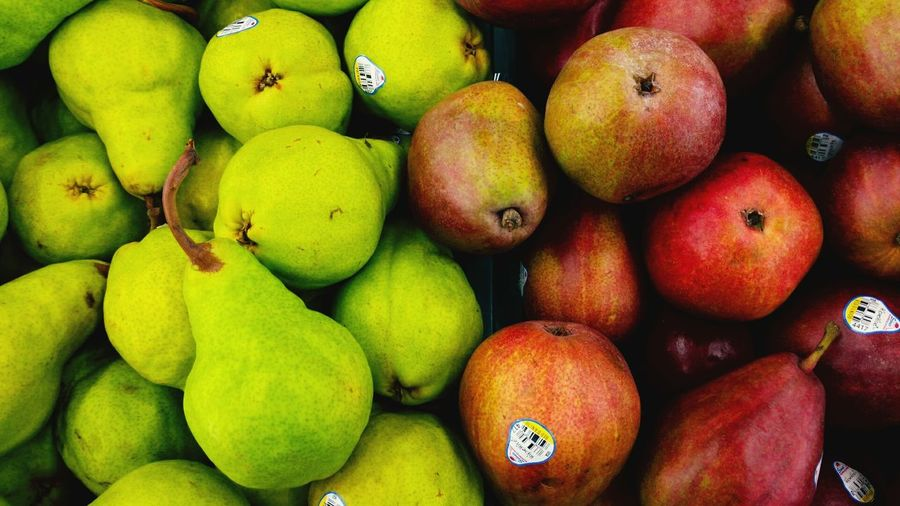 Full frame shot of apples