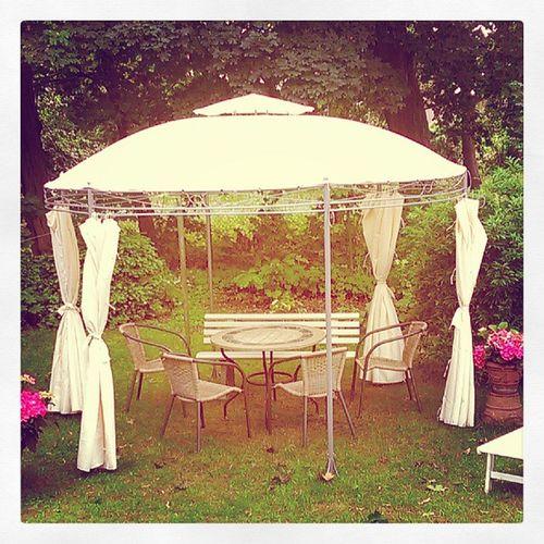 Pavillon hat sich bewährt... #Geburtstagsfeier #Freundin Geburtstagsfeier Freundin