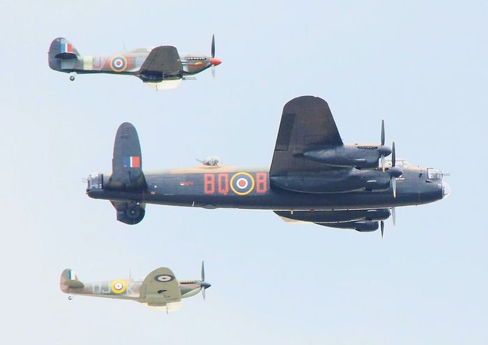 Airshows Battle Of Britain Flight Spitfire Vintage Plane World War 2 Battle Of Britain