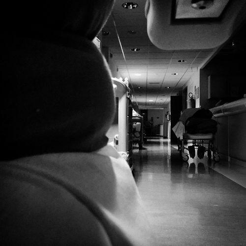 Turni di notte Notte Medic  Nurse Nursing Medical Instruments Ig_medical Instamedicina Medicine Instanurse Instanursing Ospedale Hospital Sanita Nursestudent Nursingtime Nursetime Nurselife Medicinelife Ombre Luci Prato Nuovoospedalediprato Student Life studentlifeicuintensivecareunitmonitor