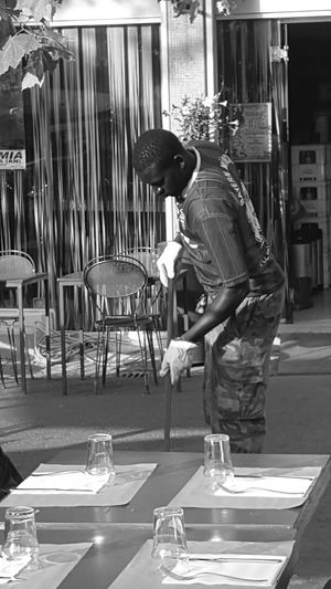 -PEOPLE- WORKING Menatwork-series Streetphoto_bw Working People Black & White Blackandwhite Peoplephotography People Black And White Photography Streetphotography Black And White Blackandwhite Photography