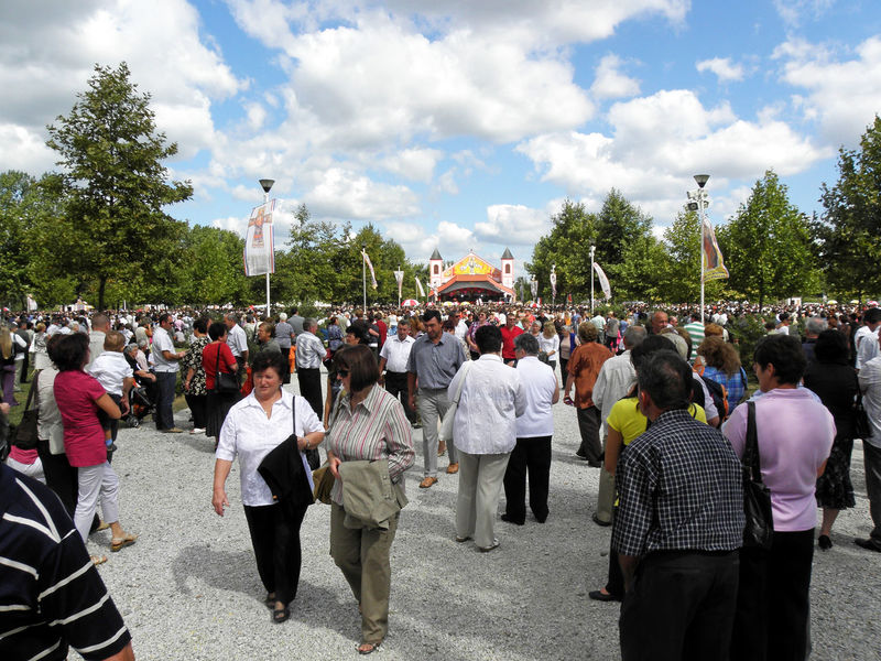 Catholicism Europe Holy Sunday Jesus Christ Ludbreg,Croatia Most Precious Blood Of Christ Church Cloud - Sky Crowd Day Holy Mass Large Group Of People Leisure Activity Lifestyles Men Nature Outdoors People Pilgrims Real People Religion Sanctuary  Sky Tree Women