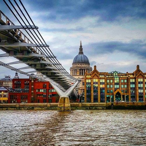 St Paul Cathedral, London. Stpauls StPaulscathedral Cathedral Riverthames Thames Milleniumbridge