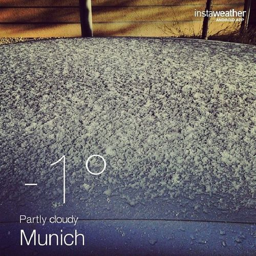 That's not what I want to see on a Monday morning. #1stSnow #Weather #Munich Weather Munich 1stSnow