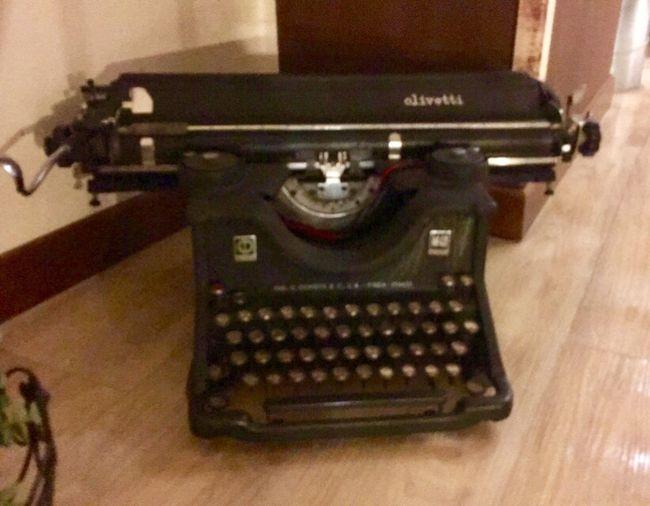 Typewriter Old_tecnology Simple