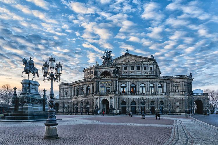 Dresden Semperoper Architecture Fineart