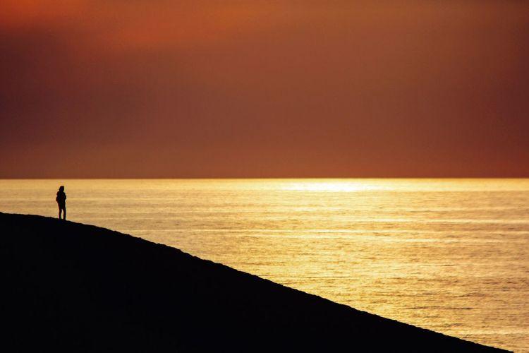 Dusk of sand dunes The Moment - 2015 EyeEm Awards Silhouette 鳥取砂丘 Landscape_Collection EyeEm Best Shots Sand Dunes EyeEm Nature Lover Landscape Sunset_collection The Traveler - 2015 EyeEm Awards