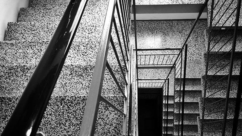 Stairs Pattern Monochrome Blackandwhite Geometry Lines Contrast Onfoot