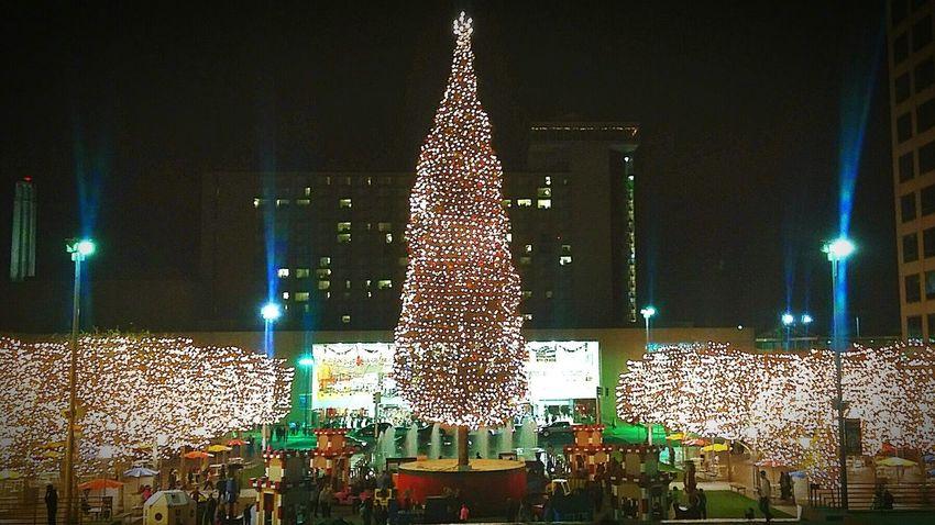 Best Christmas Lights Crown Center Plaza, Kansas City, MO Chriatmas Xmas Time Lighting Christmas Tree Outdoor Christmas