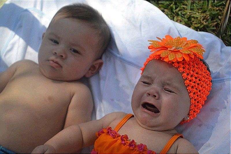 Enjoying The Sun Twins Enjoying Life Grandchildren