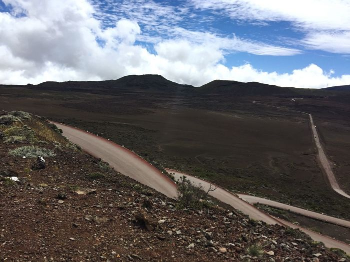 Route Road Volcano LaFournaise